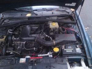 Diagnosebox im Motorraum